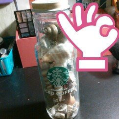 Photo of Starbucks Iced Vanilla Coffee uploaded by Lorin E.