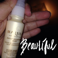 Marula Daily Moisture Mist Leave-In Conditioning Heat Protector uploaded by Maria A.