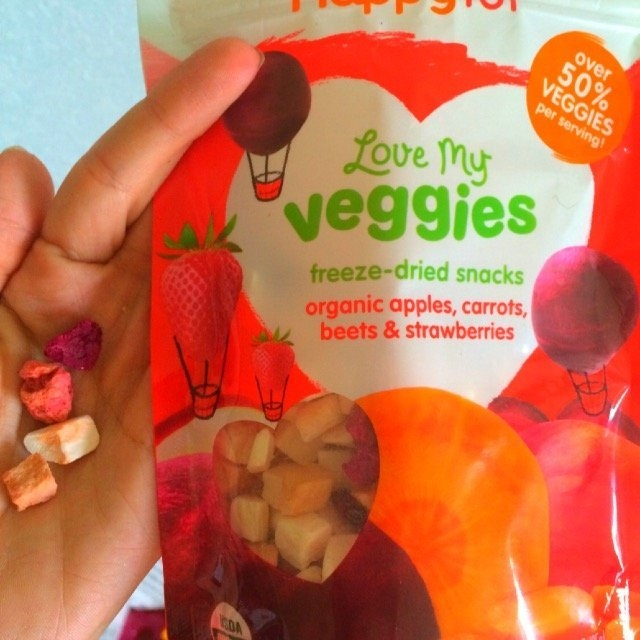 Happy Family Happy Tot Love My Veggies Apples, Carrots, Beets and Strawberries Freeze-Dried Organic Snacks - 0.88 Ounce Pouch uploaded by Jessina H.