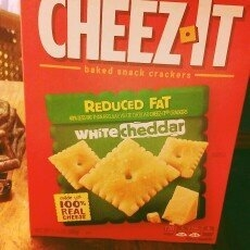 Sunshine Cheez-It Baked Snack Crackers White Cheddar uploaded by Karis H.