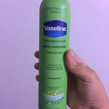 Vaseline Intensive Care Aloe Soothe Spray & Go Moisturizer 6.5 oz uploaded by Elizabeth I.