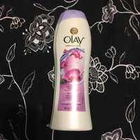 Olay Fresh Outlast Body Wash, Soothing Orchid & Black Currant, 13.5 fl oz uploaded by Alicia H.
