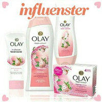 Olay Fresh Outlast Cooling White Strawberry & Mint Body Wash uploaded by Elizabeth D.