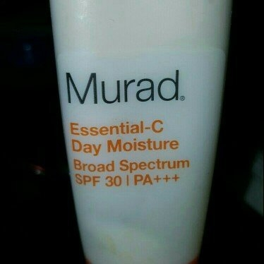 Murad Environmental Shield Essential-C Day Moisture uploaded by Coco G.