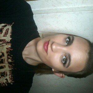 Photo of Hard Candy Look Pro! Tin Smokey Eyes Smokey Eyeshadow Palette uploaded by Star N.