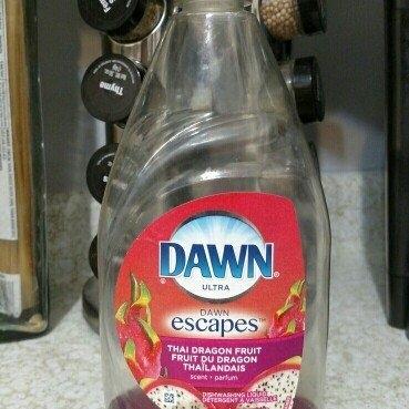 Dawn Escapes Dishwashing Liquid Thai Dragon Fruit uploaded by Shyanne C.