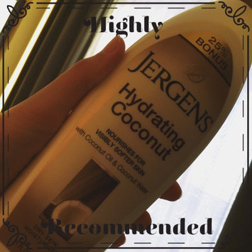 Photo of JERGENS® Hydrating Coconut Dry Skin Moisturizer uploaded by Yilda T.