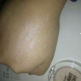 Photo of City Color Cosmetics Spotlight Highlighter uploaded by Angie C.