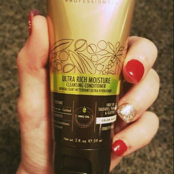 Macadamia Professional Ultra Rich Moisture Conditioner uploaded by Stephanie  H.