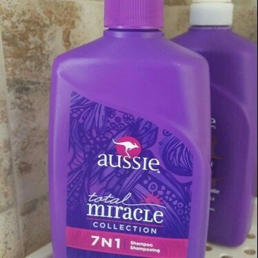 Aussie Total Miracle Collection 7 N 1 Shampoo uploaded by Desireé H.