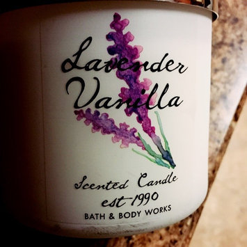 Photo of White Barn Lavender Vanilla 14.5 oz 3 Wick Candle Bath & Body Works uploaded by Yasmin A.