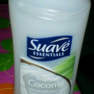 Photo of Suave® Essentials Tropical Coconut Conditioner uploaded by Evelyn feliz B.