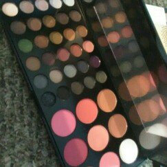 Photo of BH Cosmetics Special Occasion Palette uploaded by Jennifer O.