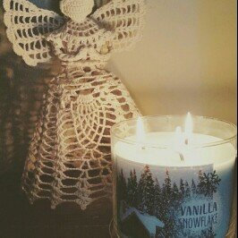 Photo of Bath & Body Works 3-Wick Candle 2016 Winter Edition Vanilla Snowflake [] uploaded by Jennifer F.
