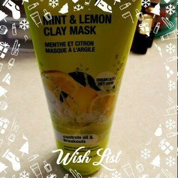 Photo of Freeman Feeling Beautiful Clay Mask Mint & Lemon uploaded by Jessi W.