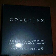 Photo of COVER FX PRESSED MINERAL FOUNDATION uploaded by Celia F.