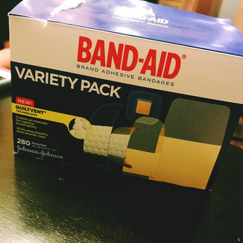 Photo of Band-Aid Adhesive Bandages Sheer Strips Extra Large - 10 CT uploaded by Isabell B.