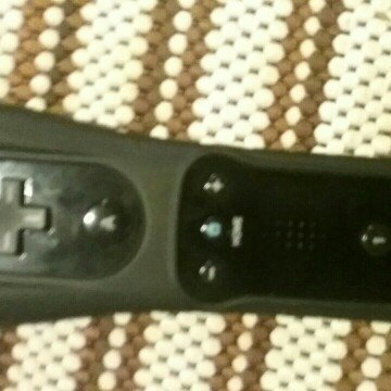 Wii Remote Plus - White (Nintendo Wii) uploaded by Tabatha R.