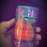 beautyblender the original beautyblender® with mini solid® uploaded by Kim R.