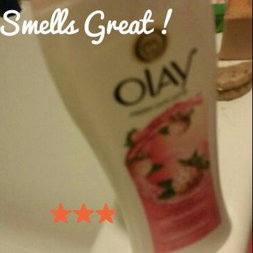 Olay Fresh Outlast Body Wash, Cooling White Strawberry & Mint, 13.5 fl oz uploaded by Samantha C.