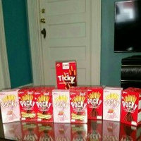 Glico Pocky Chocolate Cream Covered Biscuit Sticks uploaded by Tathiana Michelle Y.