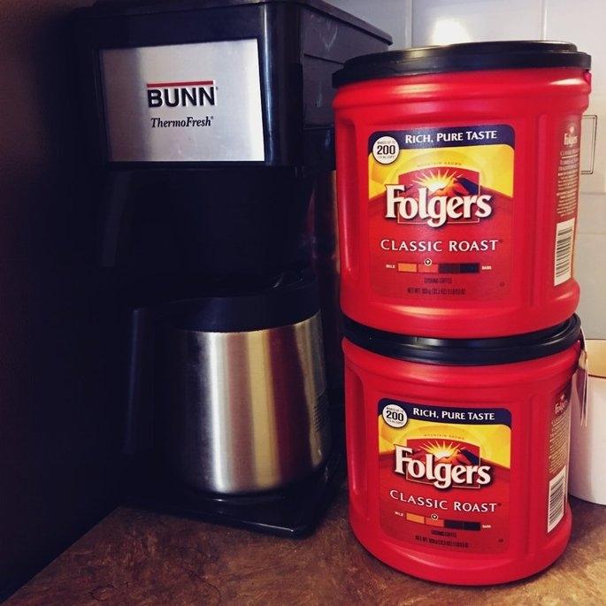 Folgers Coffee Classic Roast uploaded by Wanda B.