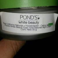 Pond's Flawless White Naturals Gentle Exfoliating Facial Foam Camellia Leaf 100g Made in Thailand uploaded by Carlota H.