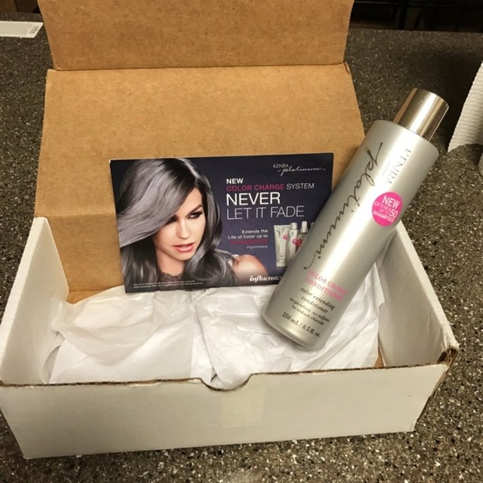 Kenra Platinum Color Charge Conditioner uploaded by Roxandra M.