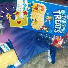Kellogg's Original Rice Krispies Treats uploaded by Desirae L.