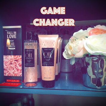Photo of Matrix Oil Wonders Volume Rose Shampoo For Fine Hair uploaded by Adrianne L.