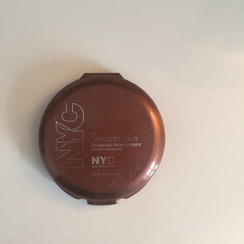 NYC Smooth Skin Bronzing Face Powder uploaded by Elodie G.