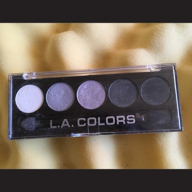 L.A. Colors 5 Color Metallic Eyeshadow, Ammunition, .26 oz uploaded by Amy S.