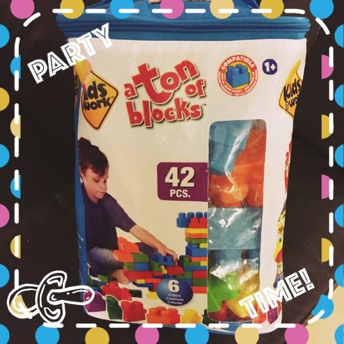 Generic Amloid Kids at Work 42-Piece Tote of Blocks uploaded by Ness D.
