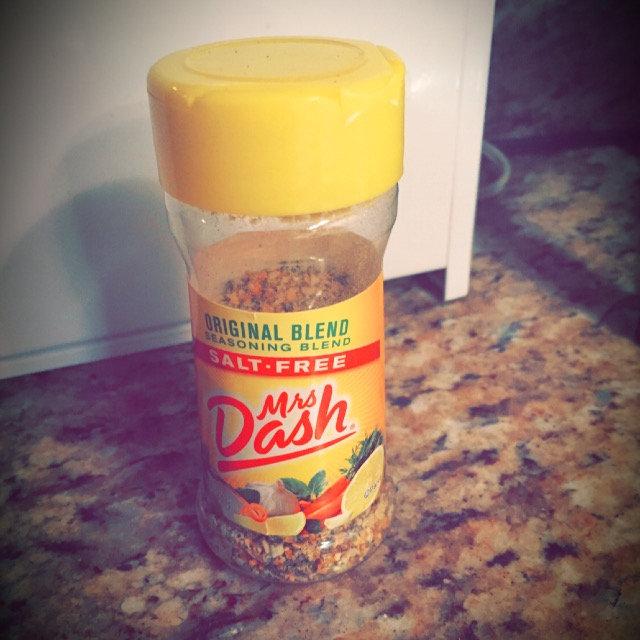 Mrs. Dash Salt-Free Seasoning Blend Lemon Pepper