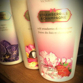 Photo of Victoria's Secret Strawberries And Champagne Body Lotion uploaded by Therese E.