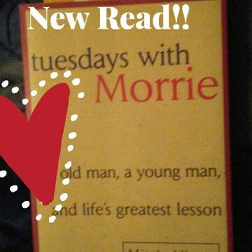 Photo of Anchor Books Tuesdays With Morrie: Old Man, a Young Man, and Life's Greatest Lesson uploaded by Ashley C.