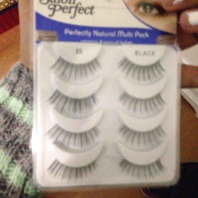 Salon Perfect Natural Multi Pack Eyelashes, 53 Black, 4 pr uploaded by Jane I.