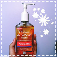 Neutrogena Oil-Free Acne Wash uploaded by Amanda F.