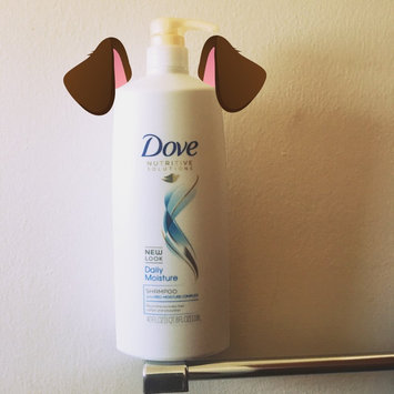 Dove Daily Moisture Therapy Shampoo uploaded by Alma G.