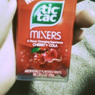 Photo of Tic Tac Mixers Cherry To Cola Mints uploaded by Vianka R.