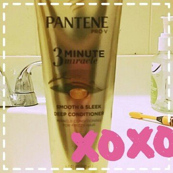 Photo of Pantene 3 Minute Miracle Smooth & Sleek Deep Conditioner uploaded by Cheyenne S.