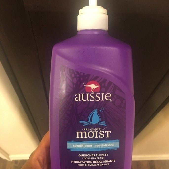 Aussie Mega Moist Conditioner uploaded by Tiffany B.