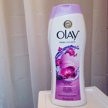 Photo of Olay Luscious Embrace Cleansing Body Wash uploaded by Casey R.