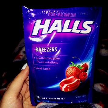 Halls Breezers: Cool Berry Non-Mentholated Pectin Throat Drops uploaded by Taylor D.