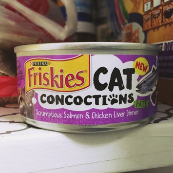 Photo of Purina Friskies Cat Concoctions Pate Scrumptious Salmon & Chicken Liver Dinner Cat Food 5.5 oz. Can uploaded by Tram T.