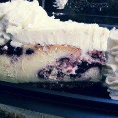 Photo of Cheesecake Factory Cheesecakes  uploaded by Reshanett M.