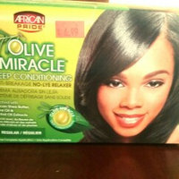 African Pride Olive Miracle Conditioning Anti-Breakage Hair Relaxer uploaded by Meriah W.