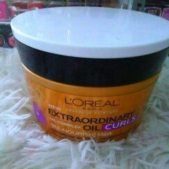L'Oréal Advanced Haircare Extraordinary Oil Curls Collection uploaded by Amparo V.