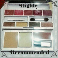 Clinique All In One Colour Palette for Women uploaded by karin a.