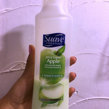 Suave® Naturals Juicy Green Apple Conditioner uploaded by Vasny M.